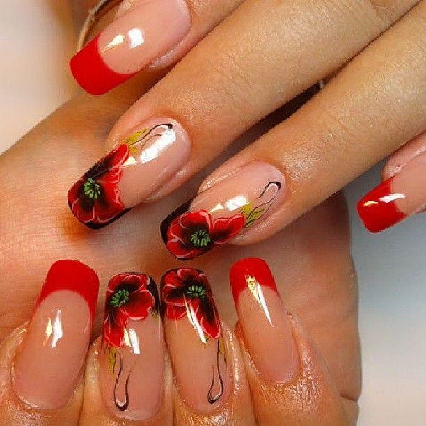 Дизайн ногтей красного цвета френч