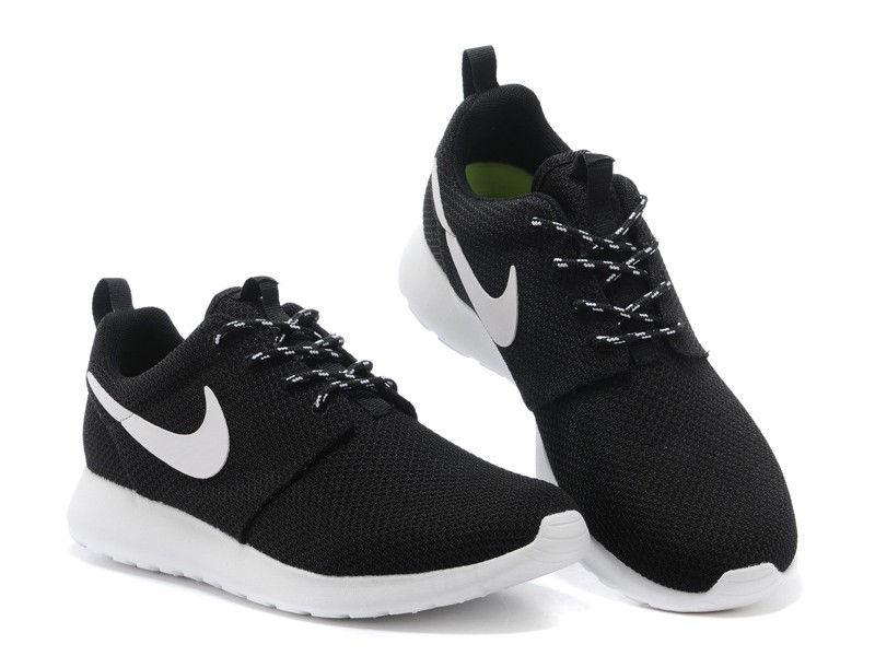 Картинка модные кроссовки