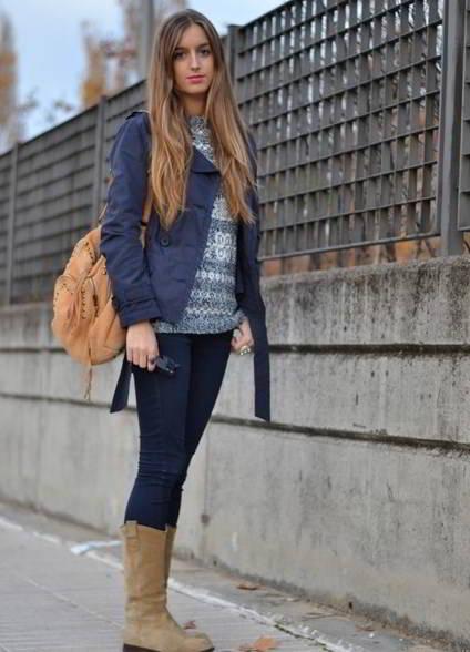 Бежевые замшевые сапоги с чем носить