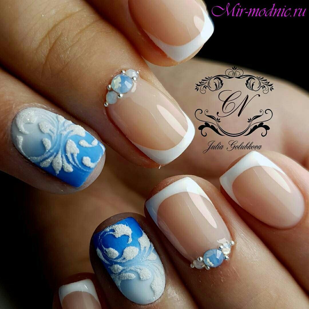 Белый синий голубой маникюр фото