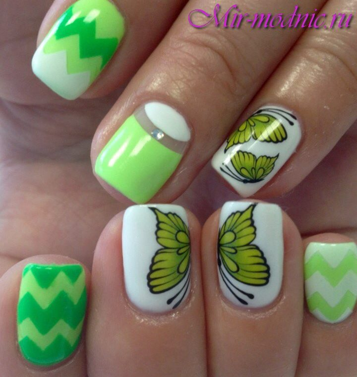 Маникюр с бабочками фото