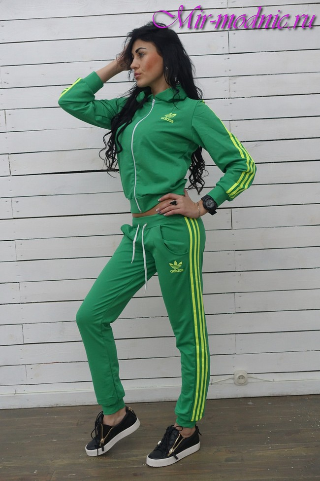 Модные спортивные костюмы 2018