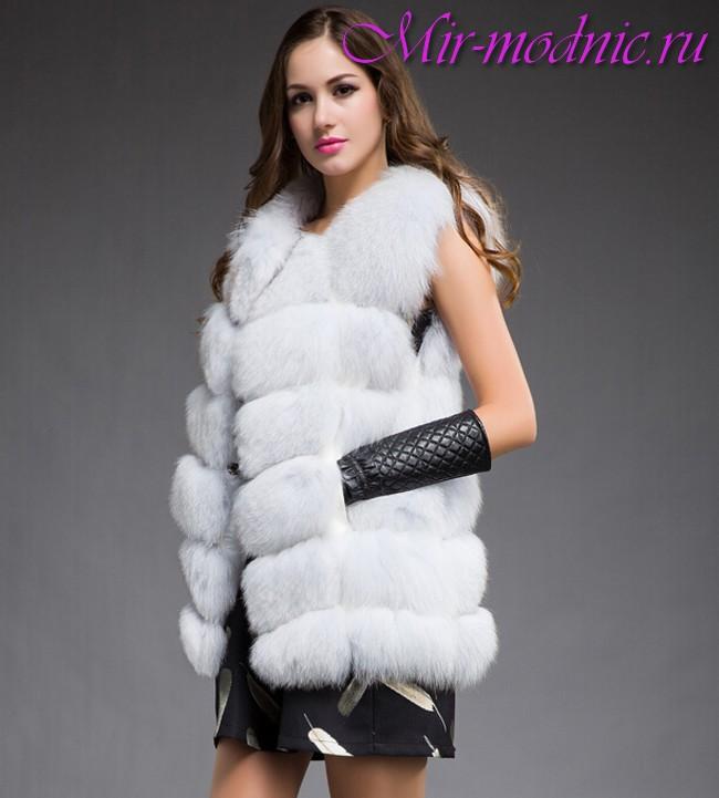 C чем носить удлиненный жилет без рукавов
