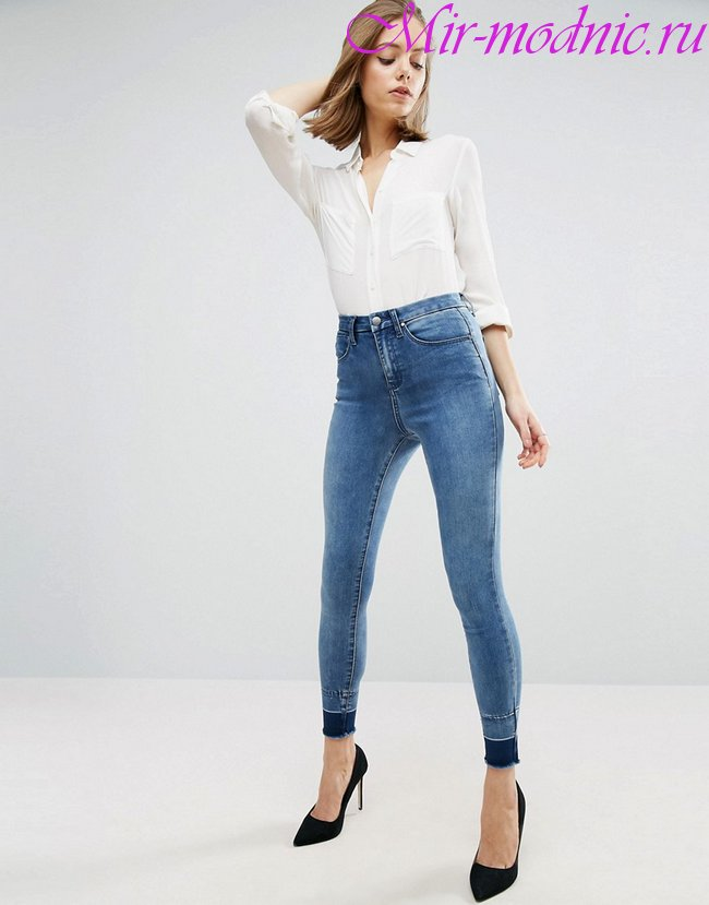 Модные джинсы весна лето 2019 фото женская