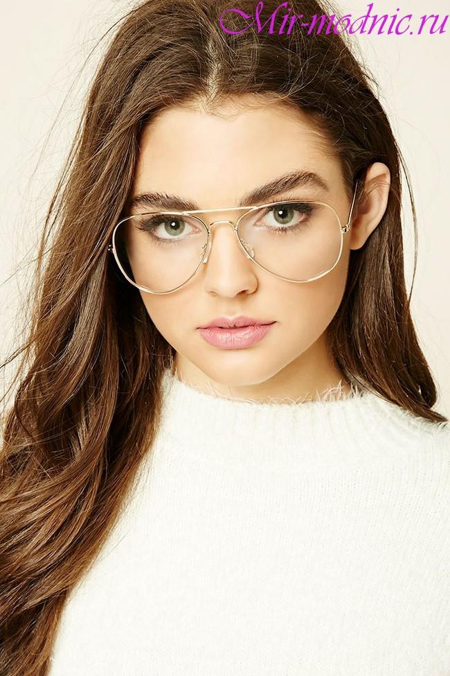 Модные женские очки для зрения 2018 фото новинок этого сезона ... ac714ac9f9b