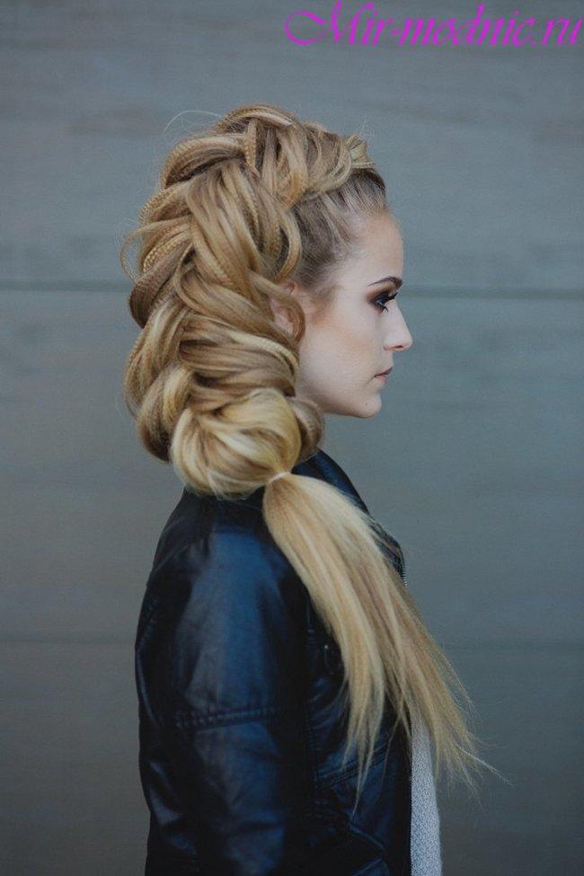 Модные прически 2018 женские на длинные волосы фото
