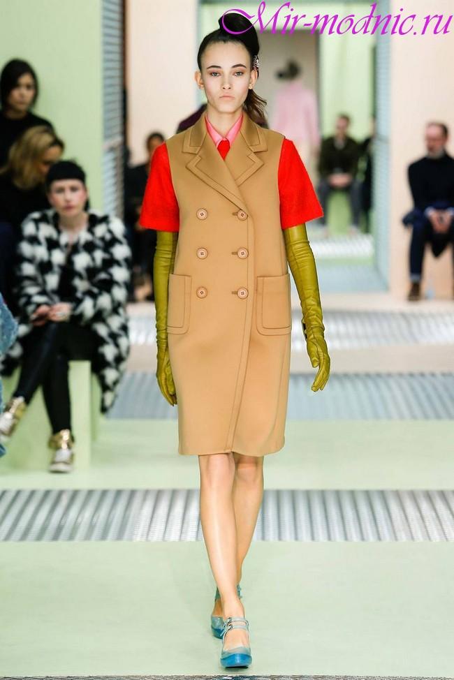 Пальто осень 2018 года модные тенденции фото для женщин
