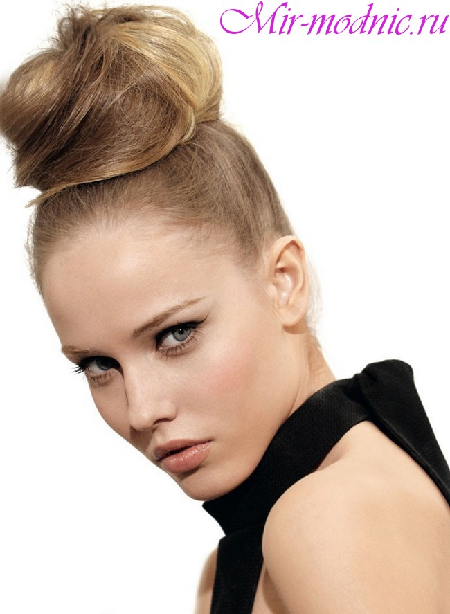 Модные прически 2019 женские на средние волосы фото